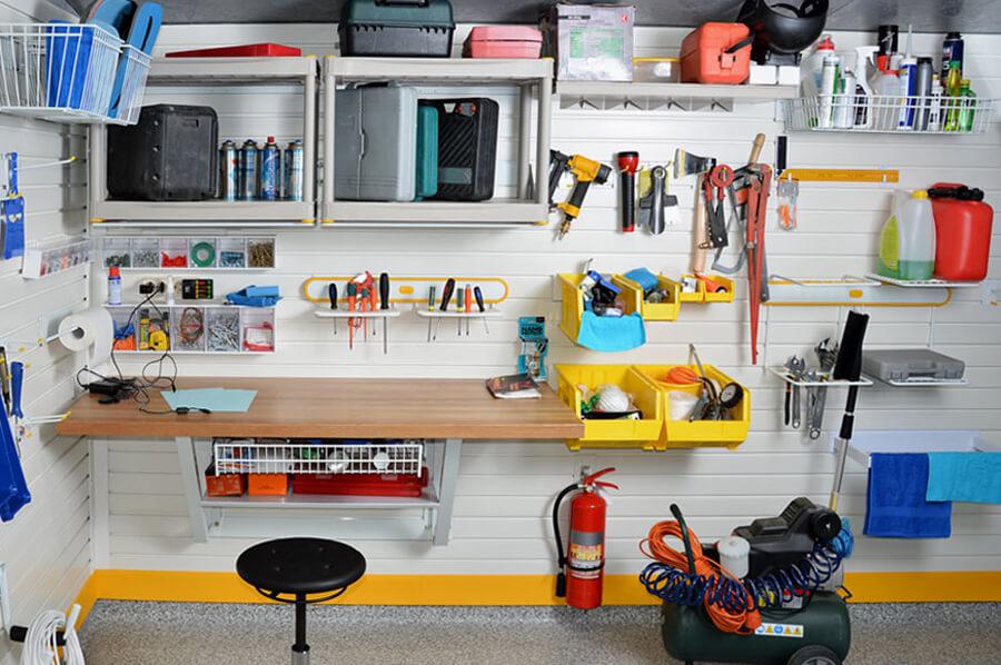 Хранение инструментов и оборудования в мастерской
