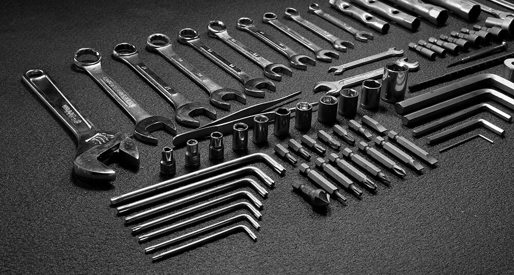 Ручні інструменти в гараж