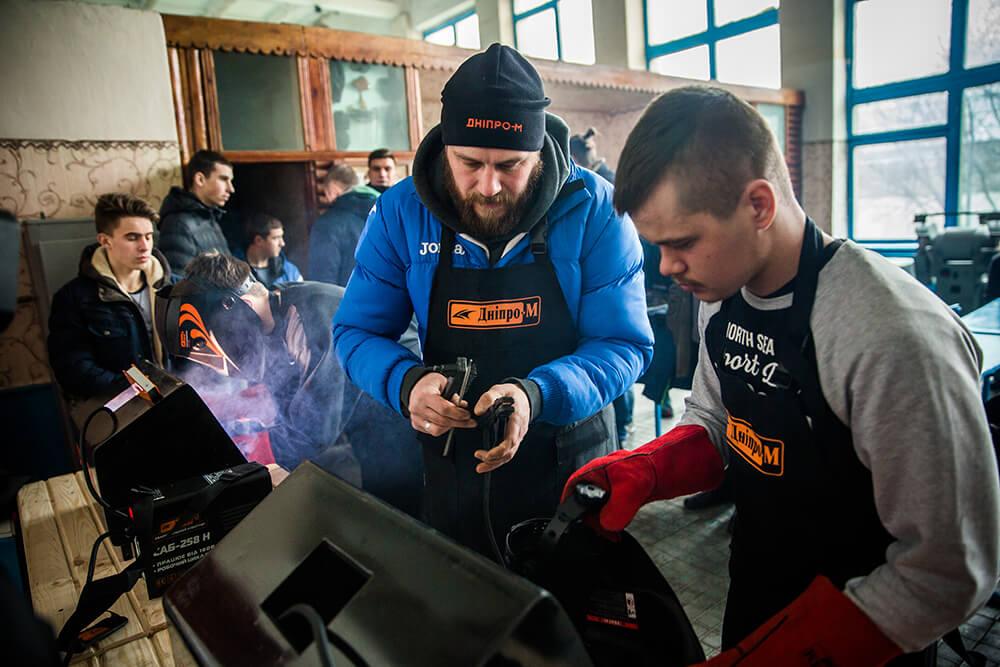 Обучение от Дніпро-М