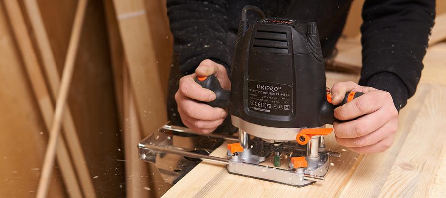 Що можна зробити ручним фрезером