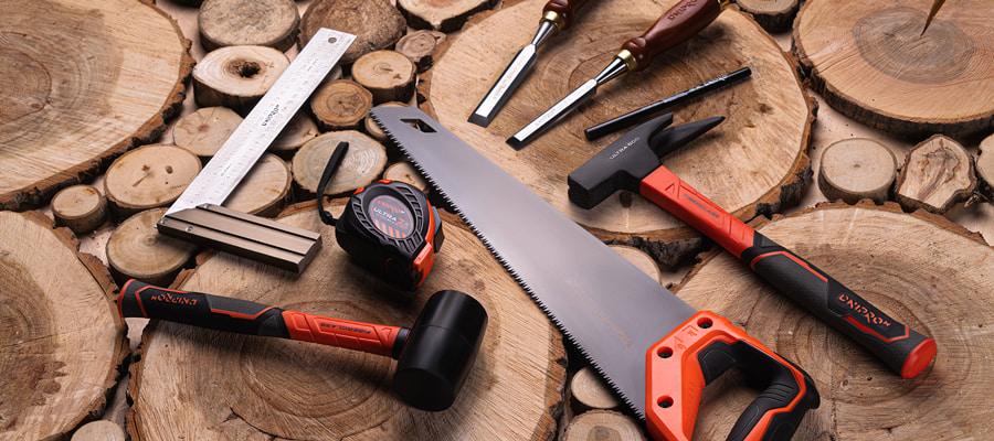Ручні інструменти для обробки дерева