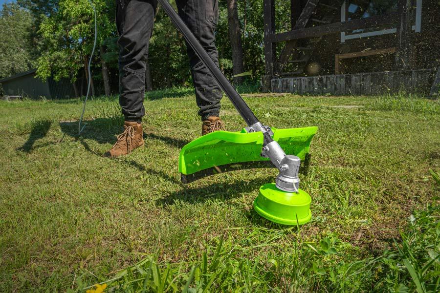 Поради по догляду за газоном - покіс трави