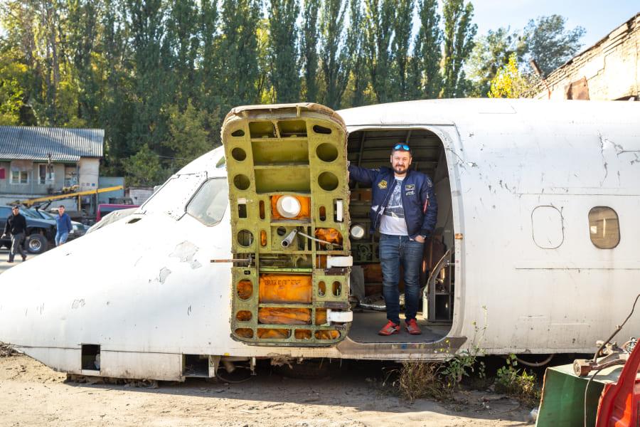 Андрей Сухин первым в Украине начал апсайклинг самолетов