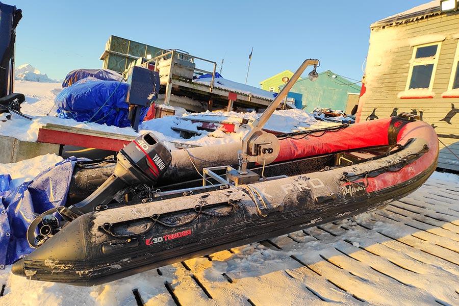 Як український полярник врятував дослідницький човен - Фото 4