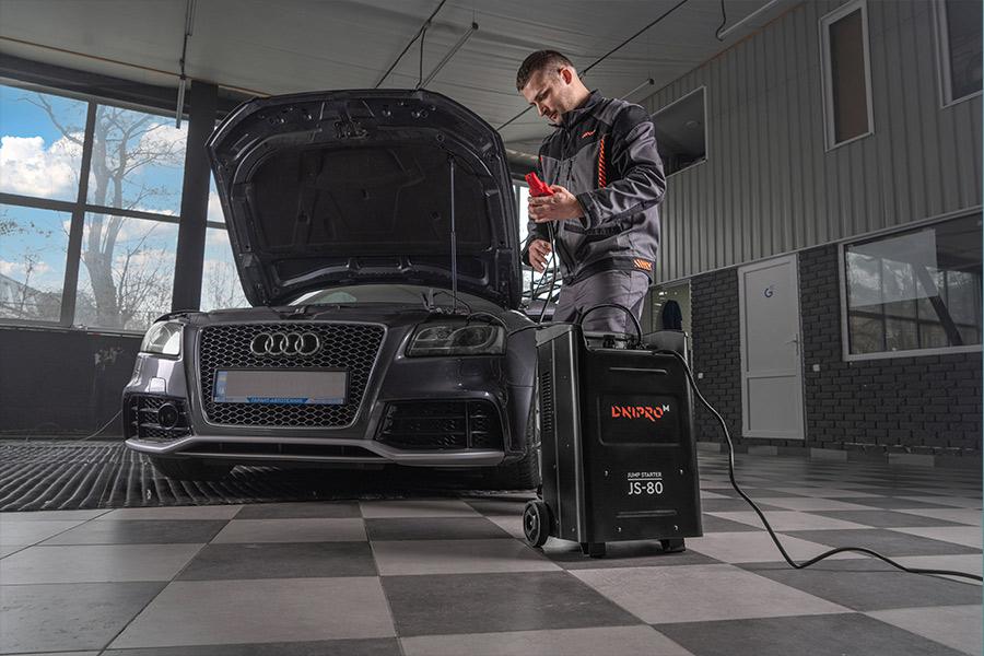 Кращі пуско-зарядні пристрої в гараж