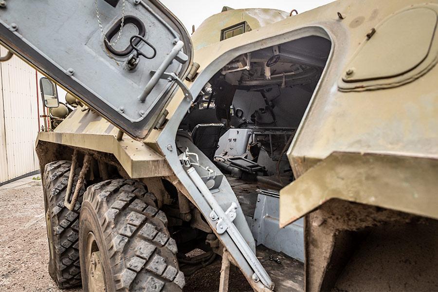 БТР рассчитан на транспортировку 8 военных