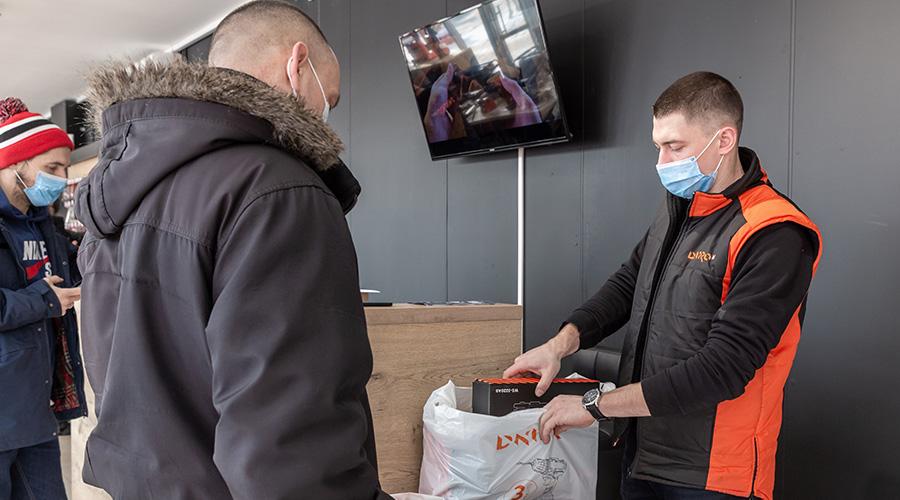 Покупці Dnipro-M