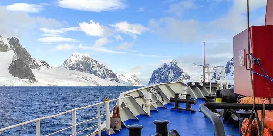 Dnipro-M в Антарктиді