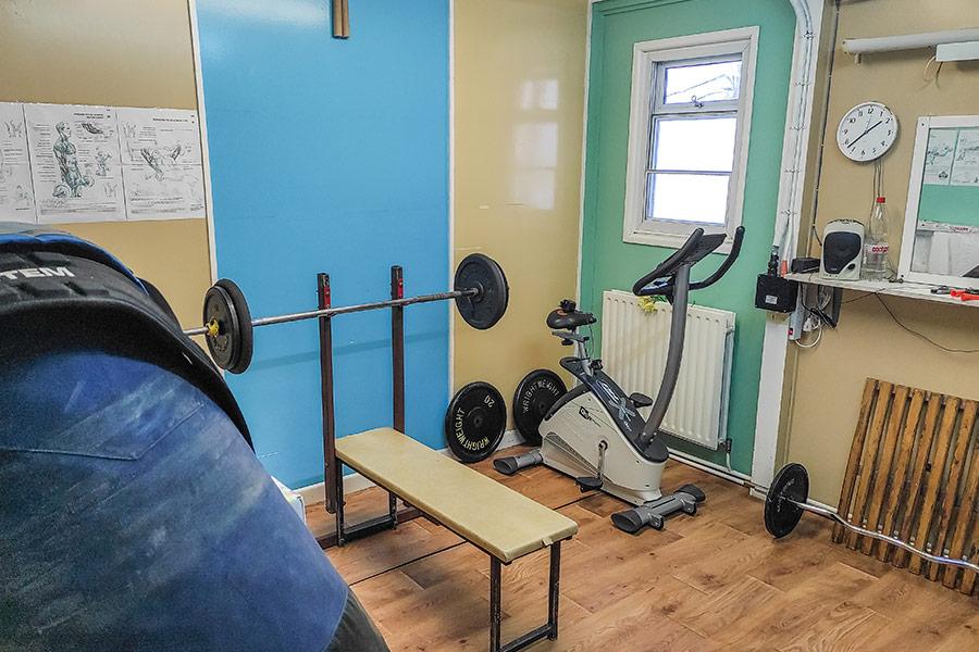 Быть в спортивной форме на станции - необходимость