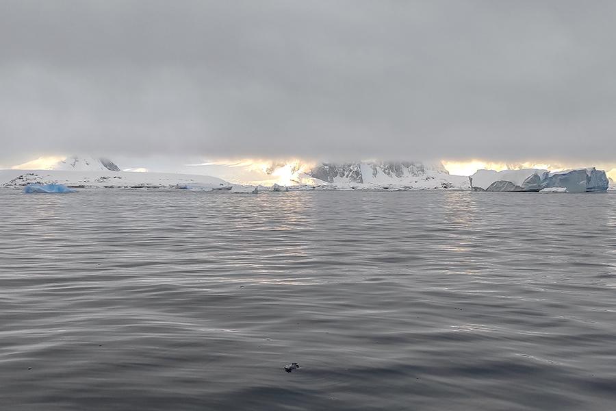 Погода в Антарктике очень изменчива