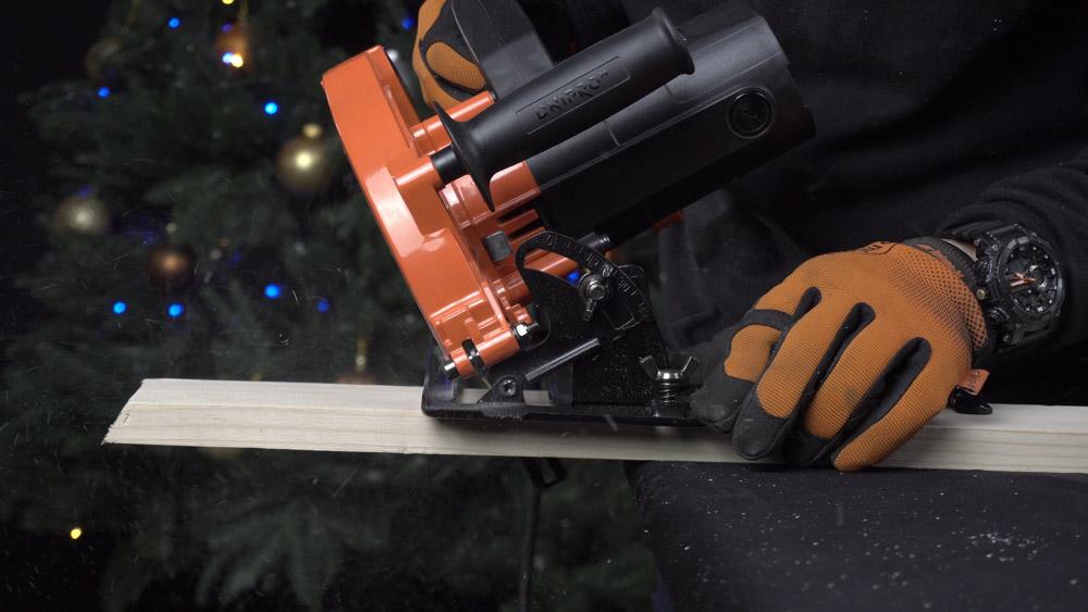 Фото-инструкция по изготовлению новогодней елки своими руками - Шаг 2