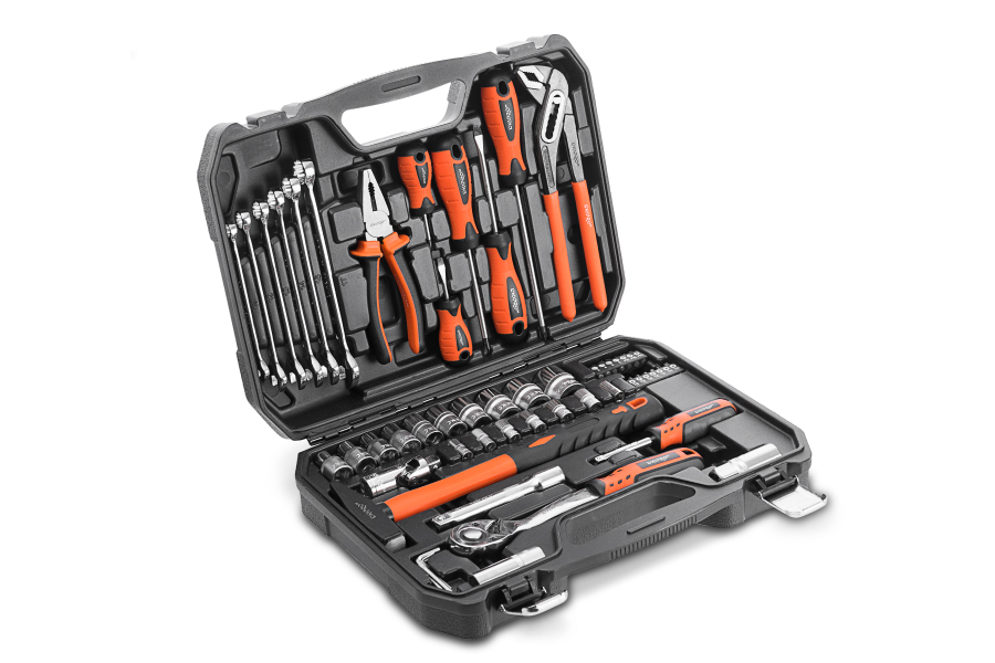 Універсальний набір ручних інструментів Dnipro-M