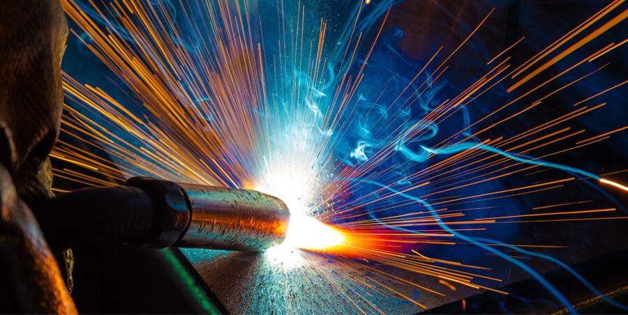 Процесс варки металла. Поджиг электрода, прилипание, залипание, отрыв капли металла