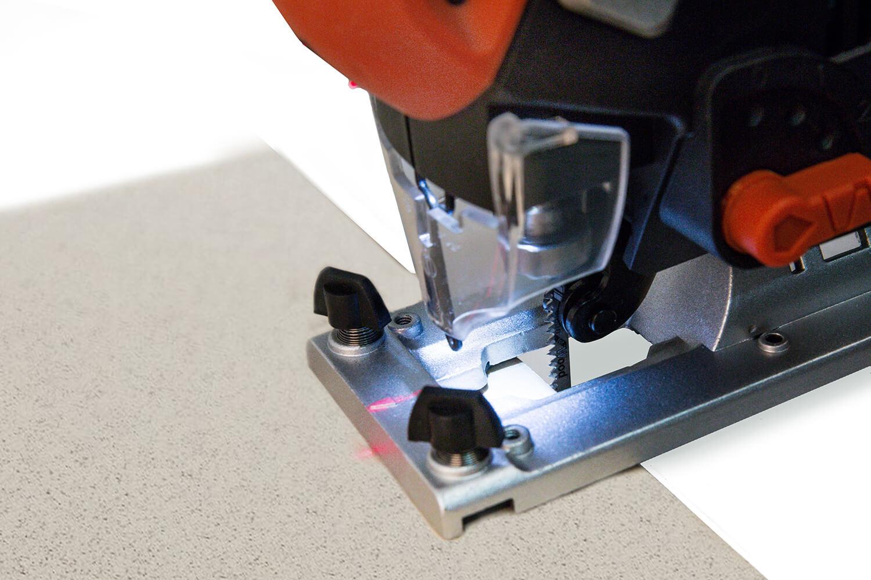 Як електролобзиком пиляти керамічну плитку